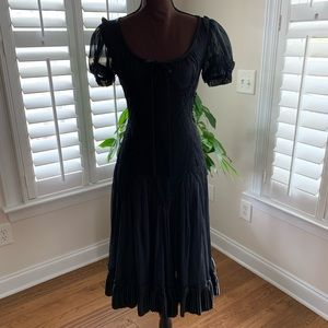 Dolce and Gabbana black dress size 42 gorgeous!